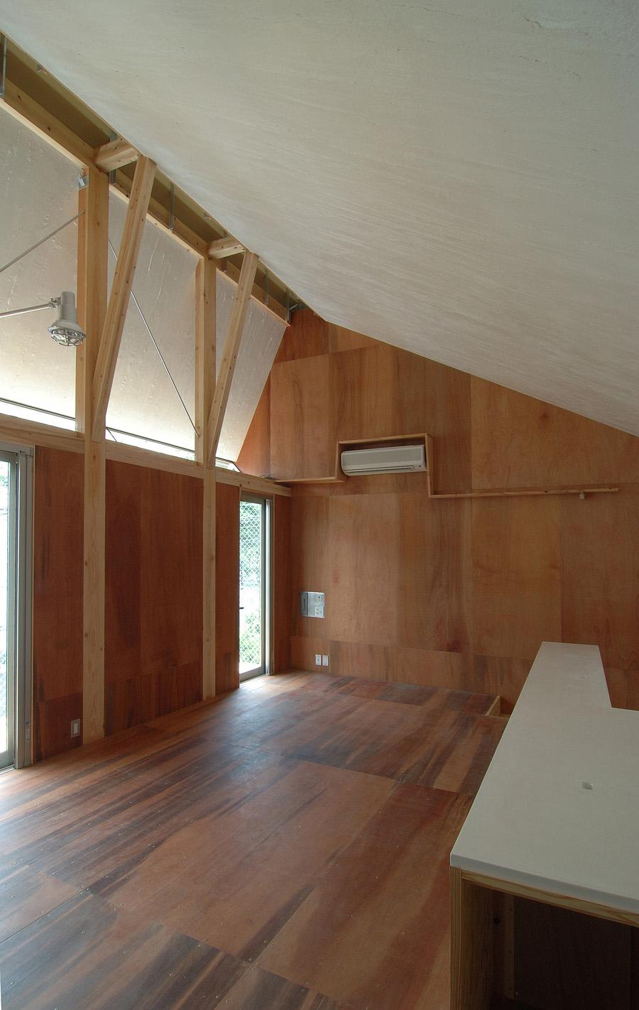 Ventilator House 通気塔の家