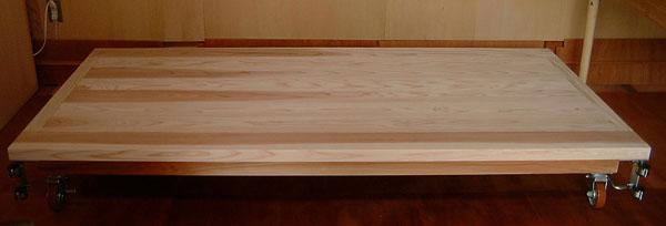 杉板ベッド